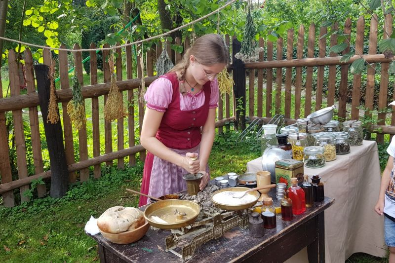 Výroba dřevorubecké masti